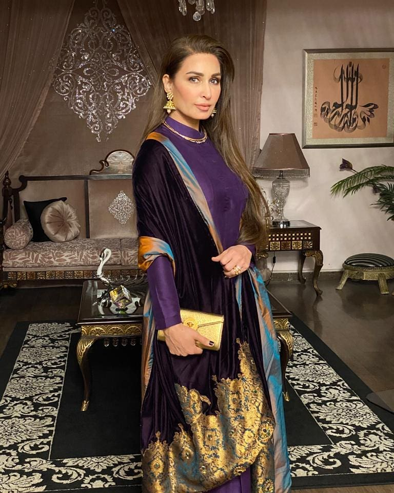 Latest Footage Of Reema Khan From USA - Lets Gupshup