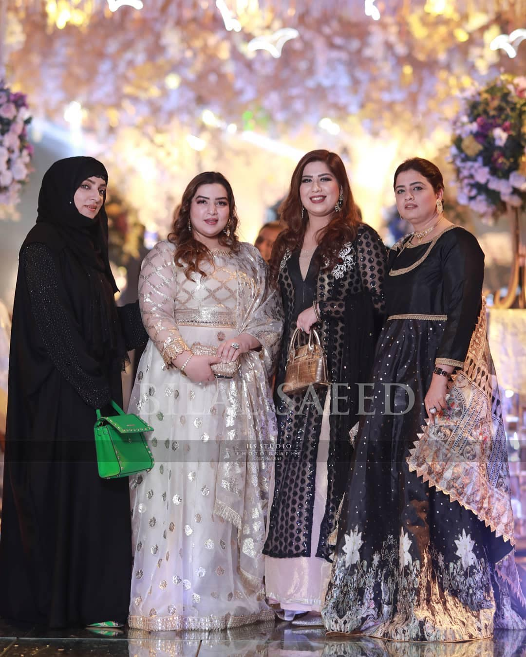 Beautiful Clicks of Pakistani Cricketers with their Wives At Wedding of Wahab Riaz Sister