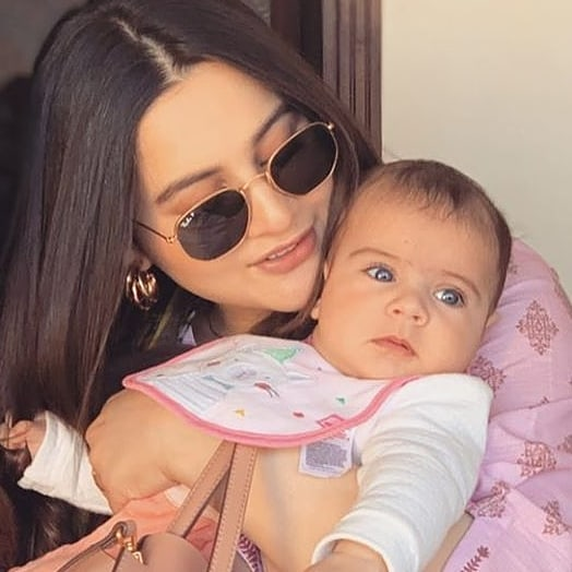 Aiman Khan Daughter Amal Muneeb | 20 Cute Pictures