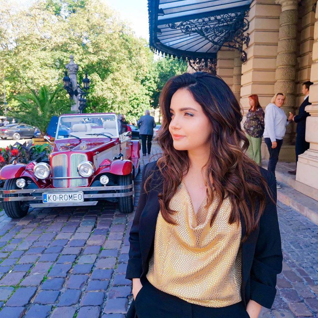 Armeena Khan Celebrating Birthday In Self-Isolation