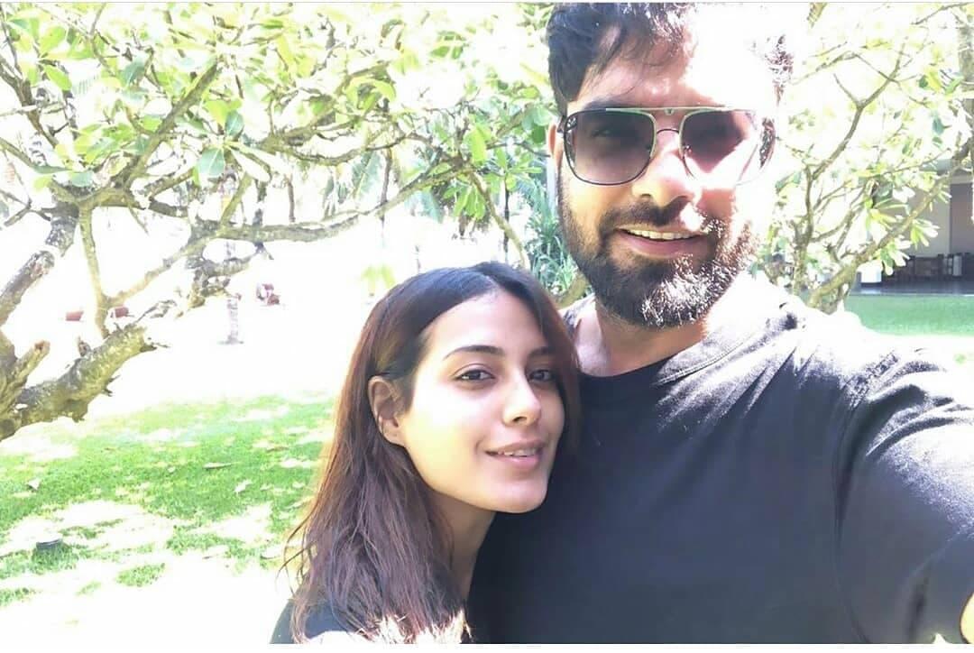 Honeymoon Pictures of Newly Wed Couple Iqra Aziz and Yasir Hussain