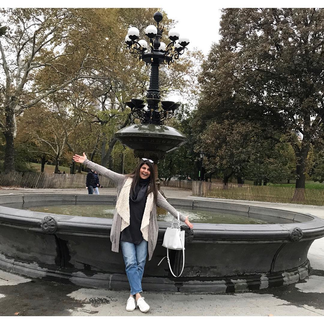 Actress Rubina Ashraf's Daughter Minna Tariq latest Pictures