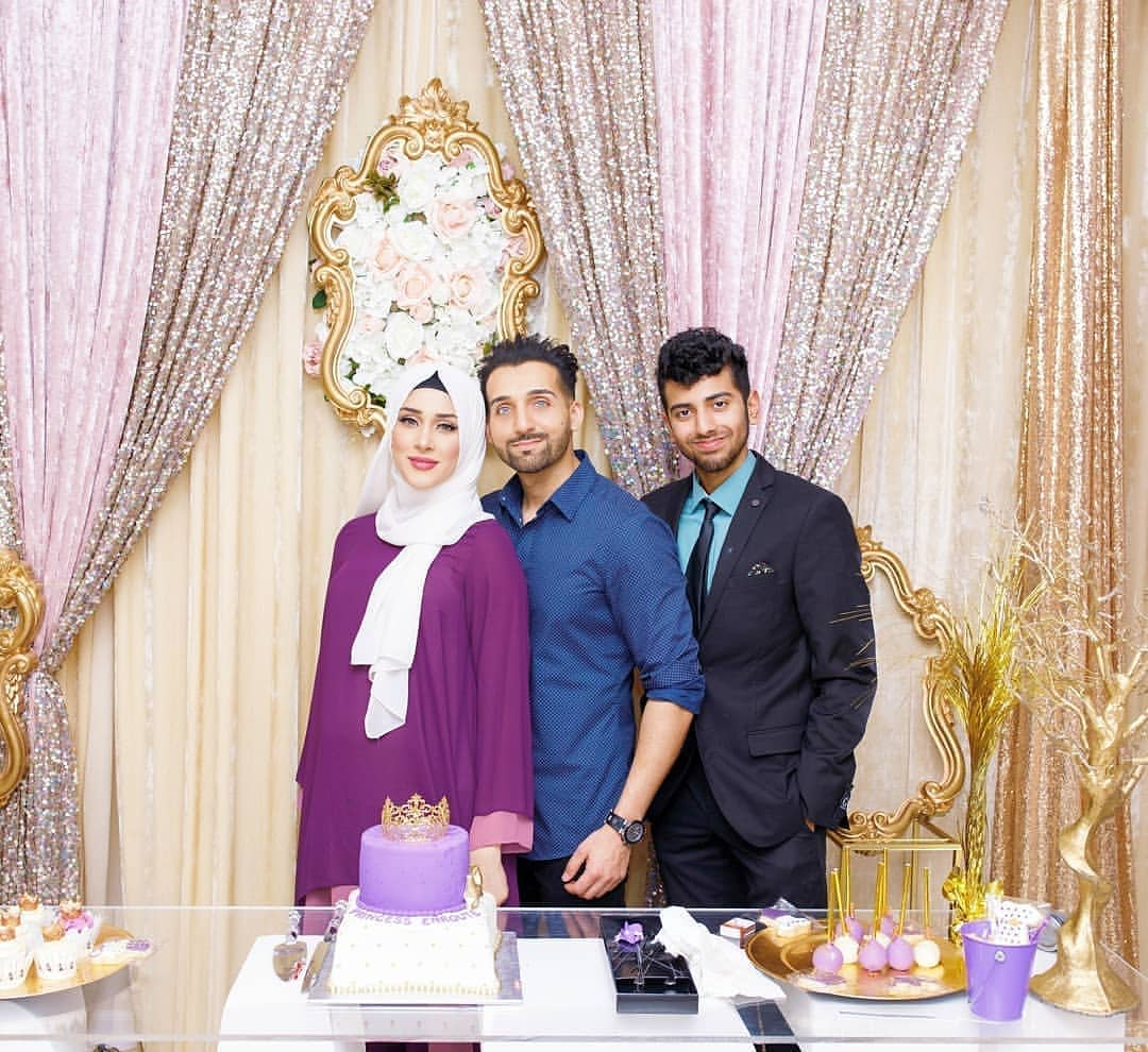 Youtubers Sham Idrees Wife Froggy Baby Shower Pictures Reviewit Pk