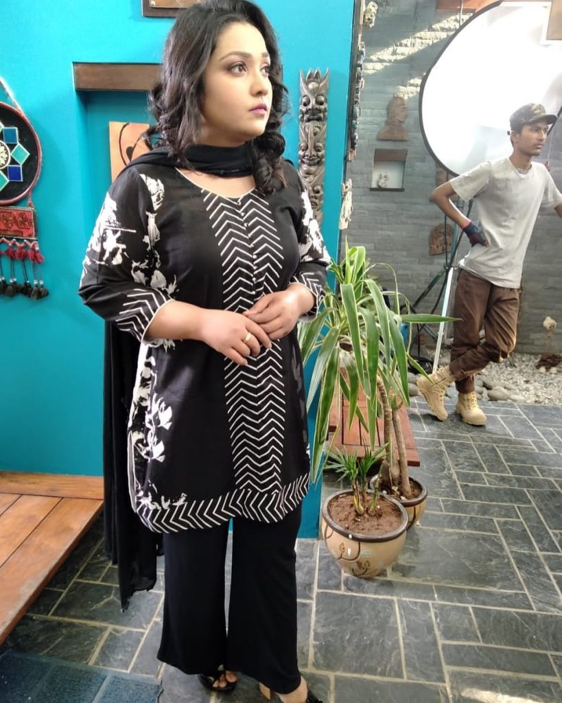 Actress Uroosa Siddiqui Went From Flab To Fab 17
