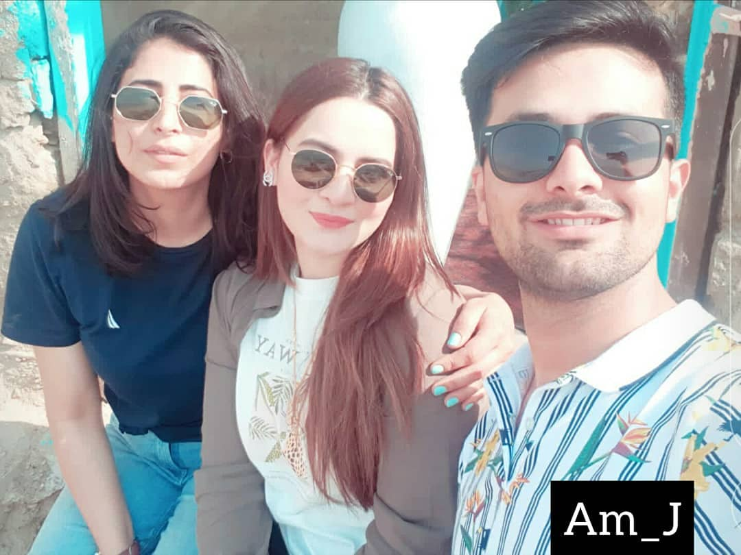 Latest Beautiful Pictures of Aiman Khan and Muneeb Butt