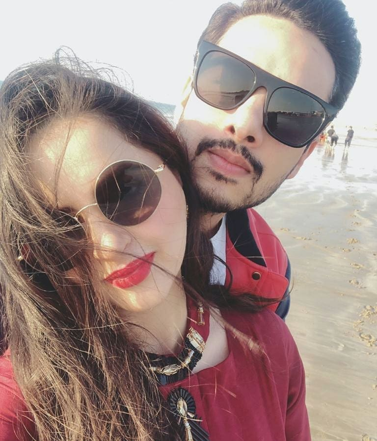 Family Enjoying Time Together On Beautiful Foggy Beach: Fatima Effendi And Kanwar Arsalan Latest Pictures With