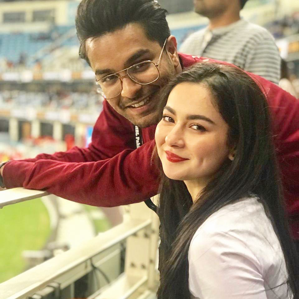 Hania Aamir And Asim Azhar In Luxury Lawn Collection By Asim Jofa 37