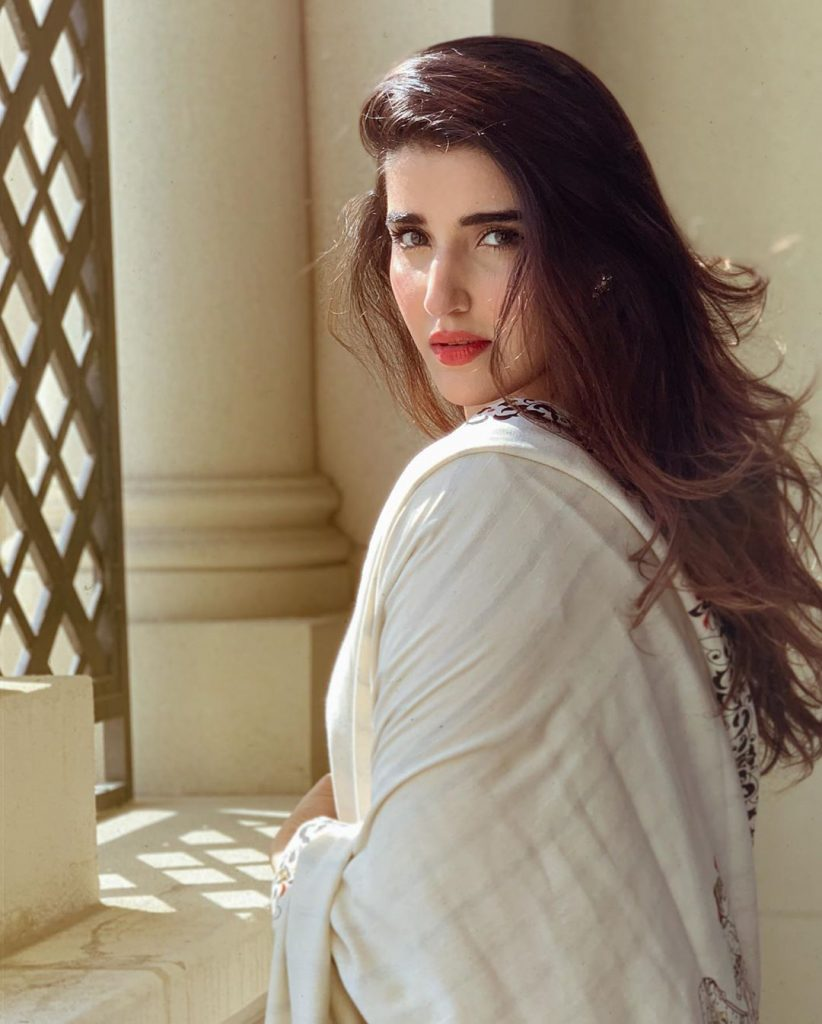 Hareem Farooq Reveals Secret Behind Flawless Skin 7
