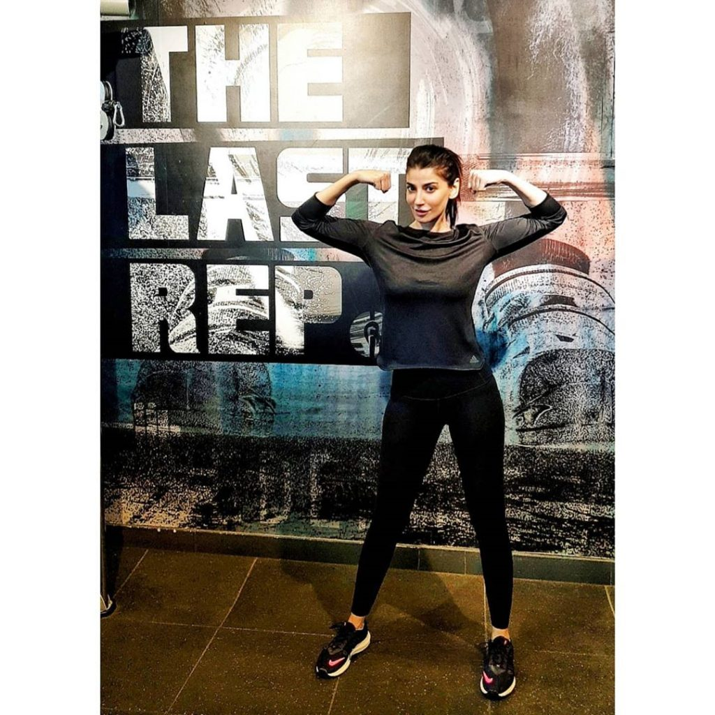 Navin Waqar Revealed Her Fitness Routine 6