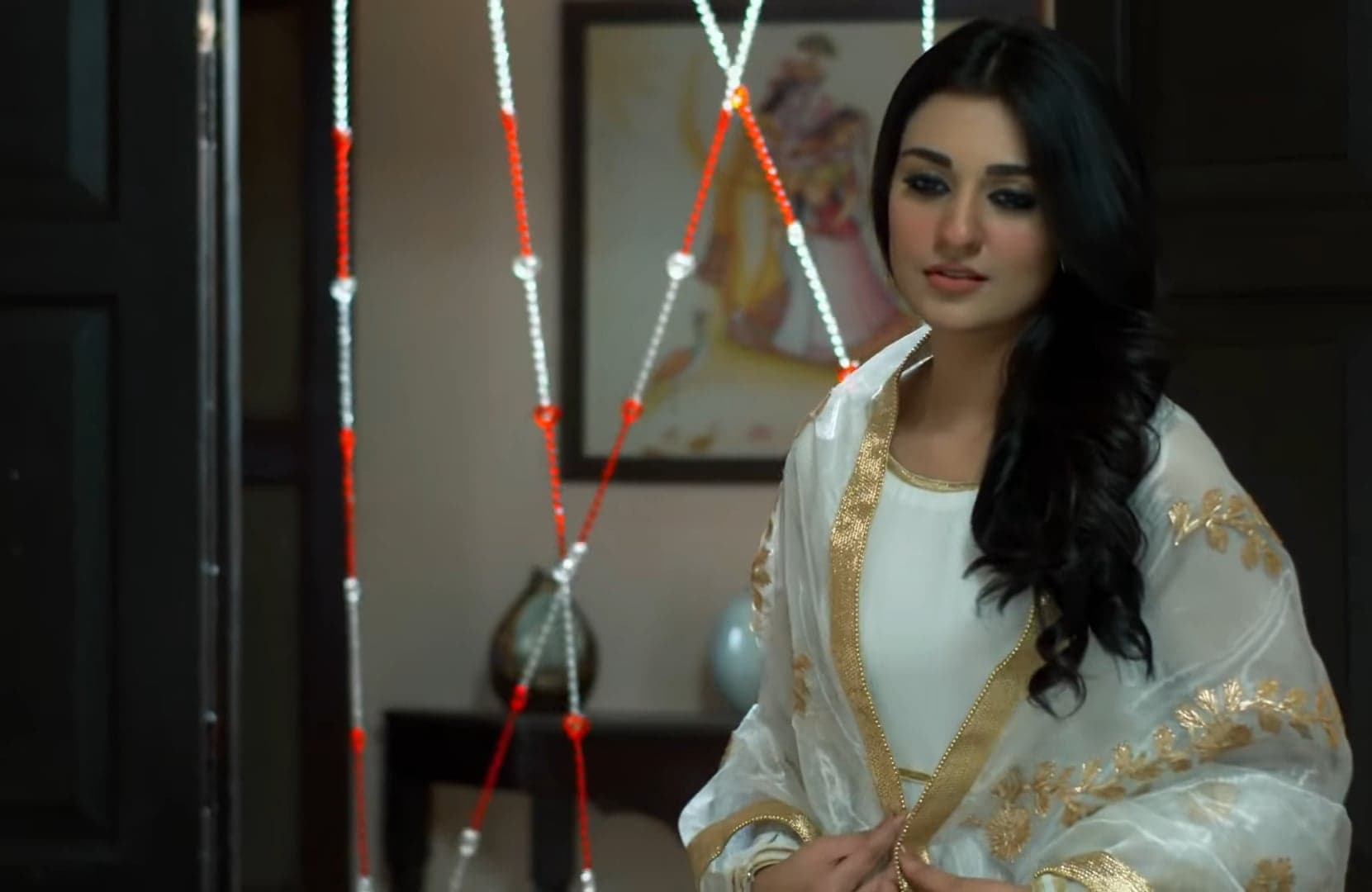 Sarah Khan 1 2