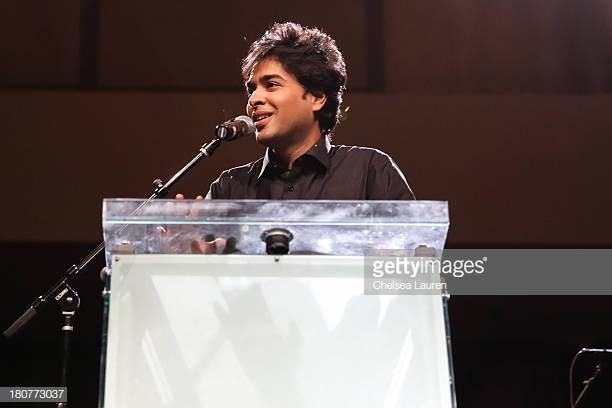 Shehzad Roy Performed With Members Of Guns N Roses 18