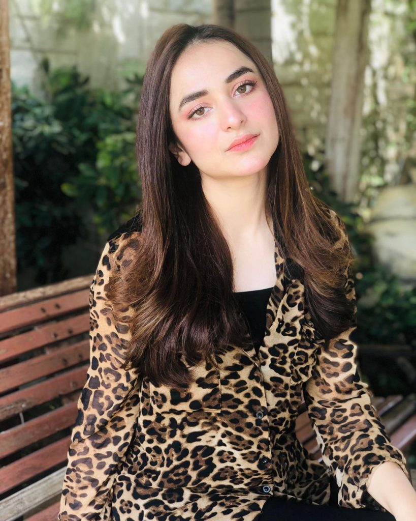 Yumna Zaidi Shares Her Thoughts Through Poetry