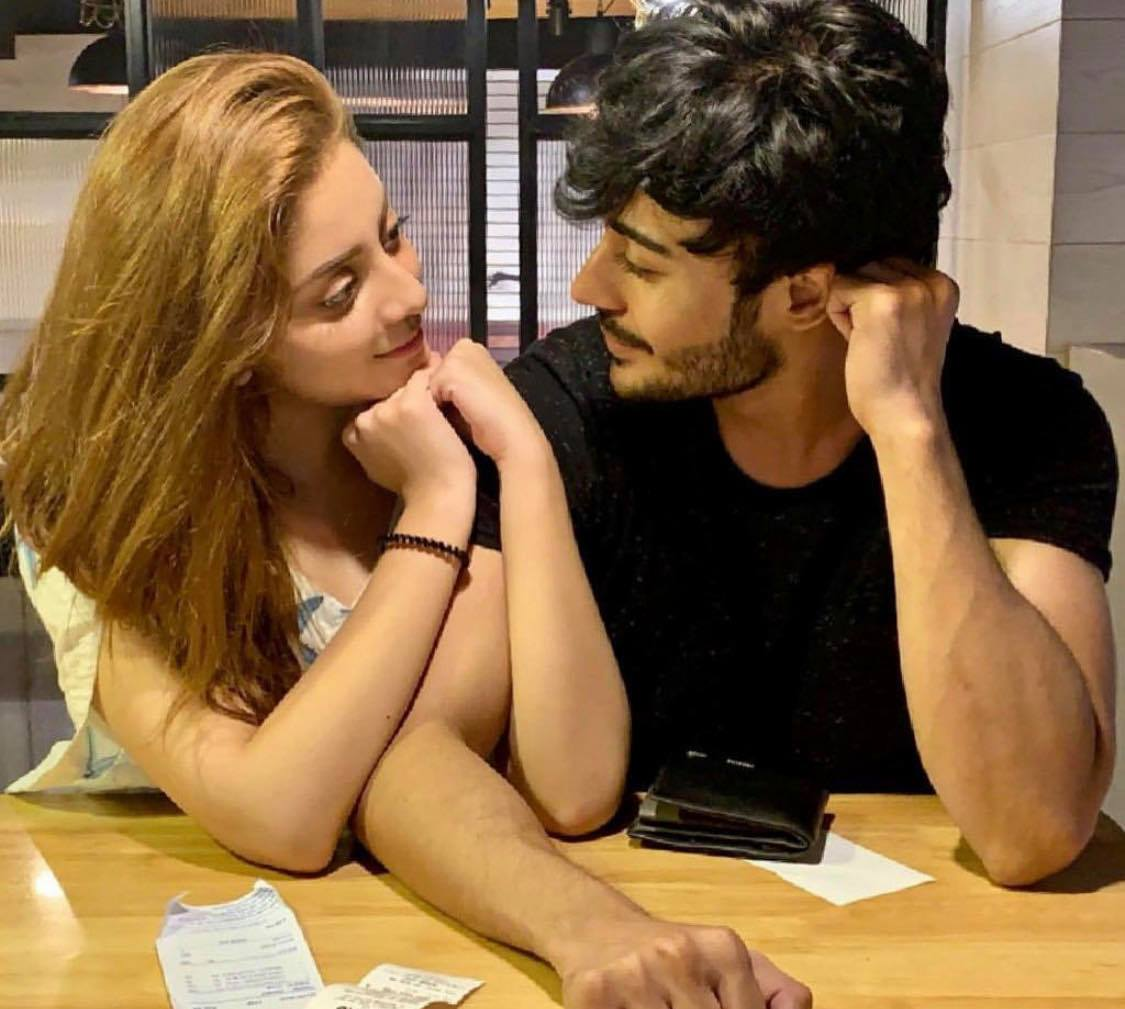 Pakistani Celebrities Who Are Dating Each Other