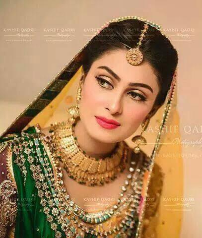 ayeza khan mehndi2