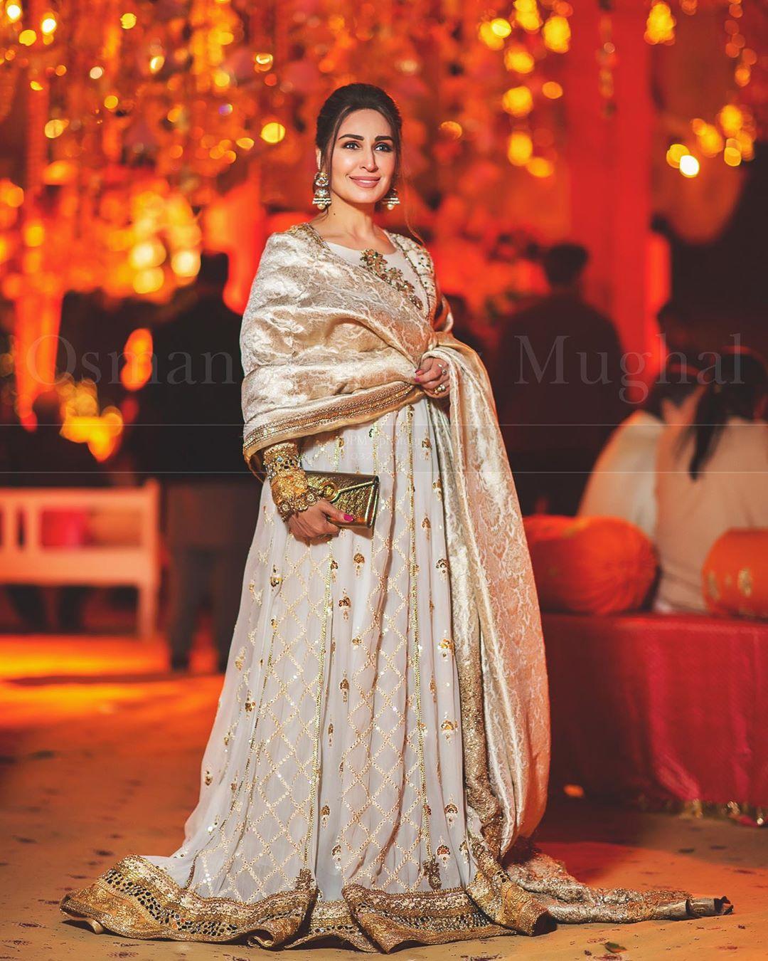 indian star at pakistani wedding 11