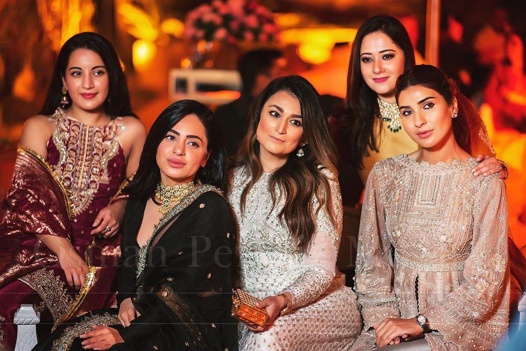 indian star at pakistani wedding 14