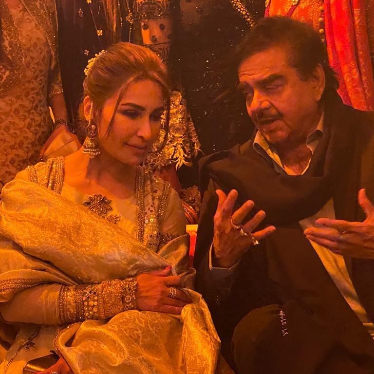 indian star at pakistani wedding 4