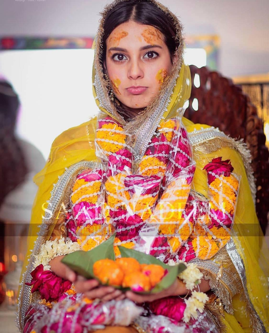 Beautiful Mayun Looks of Pakistani Celebrities