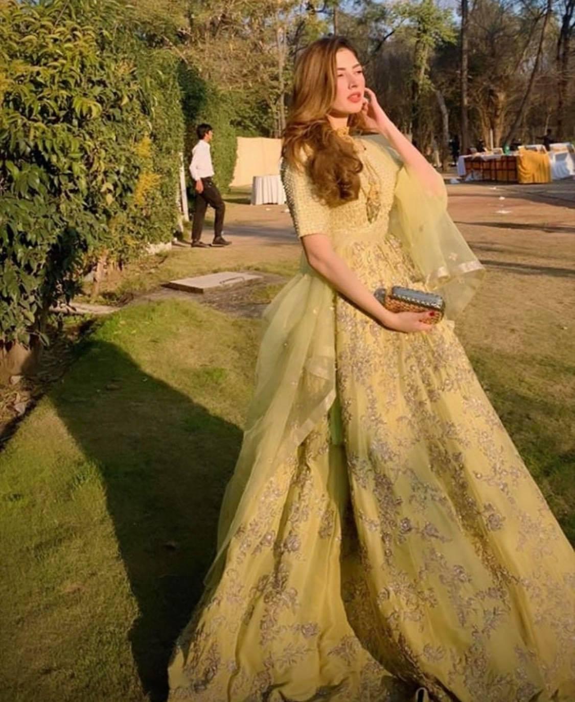 25 Best Outfits of Naimal Khawar Abbasi