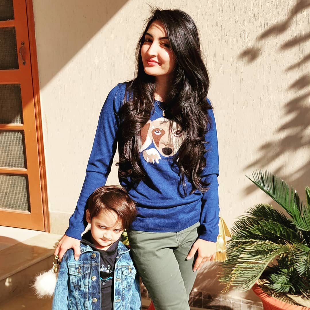Syed Shafaat Ali Beautiful Pictures with his Wife and Son