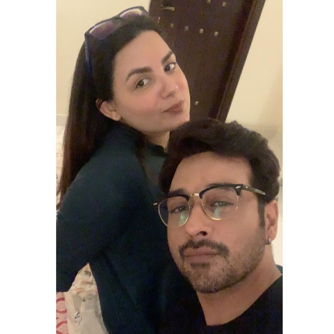 Actor Faysal Qureshi and Sana Faysal with their Kids - Latest Pictures
