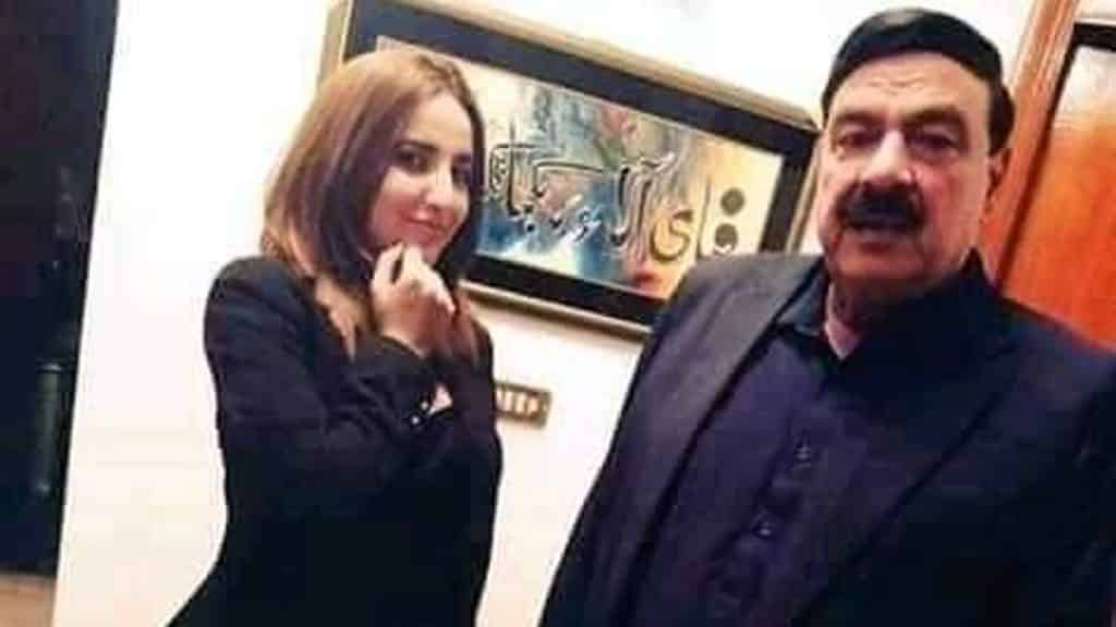 Hareem Shah Promised To Change Herself 36