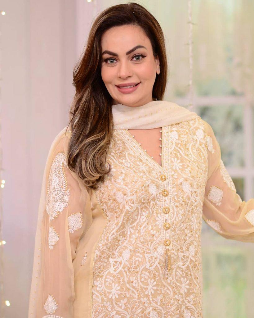 Javeria Sauds Interesting Advises For Celebrities 5