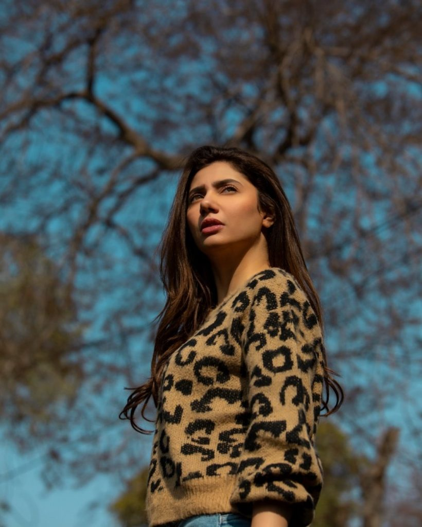Mahira Khan And Kubra Khan Suffer From Anxiety