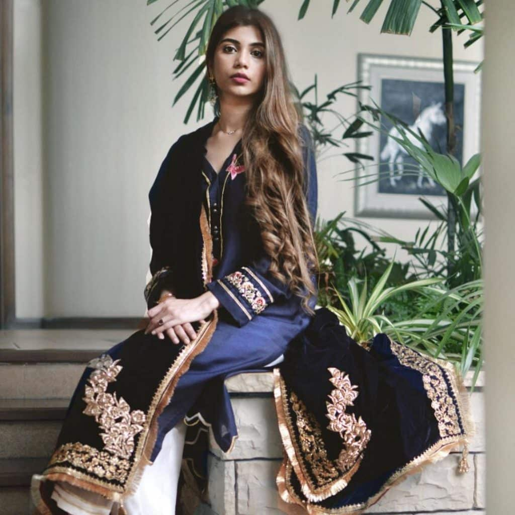 Ruswai Actress Minna Tariq Thanked Everyone For Support 30