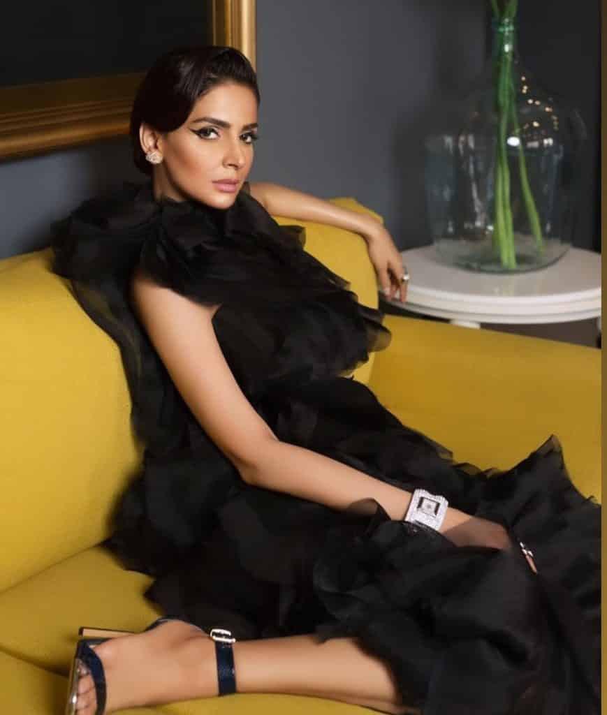 Saba Qamar Talks About Her Upcoming Projects 19
