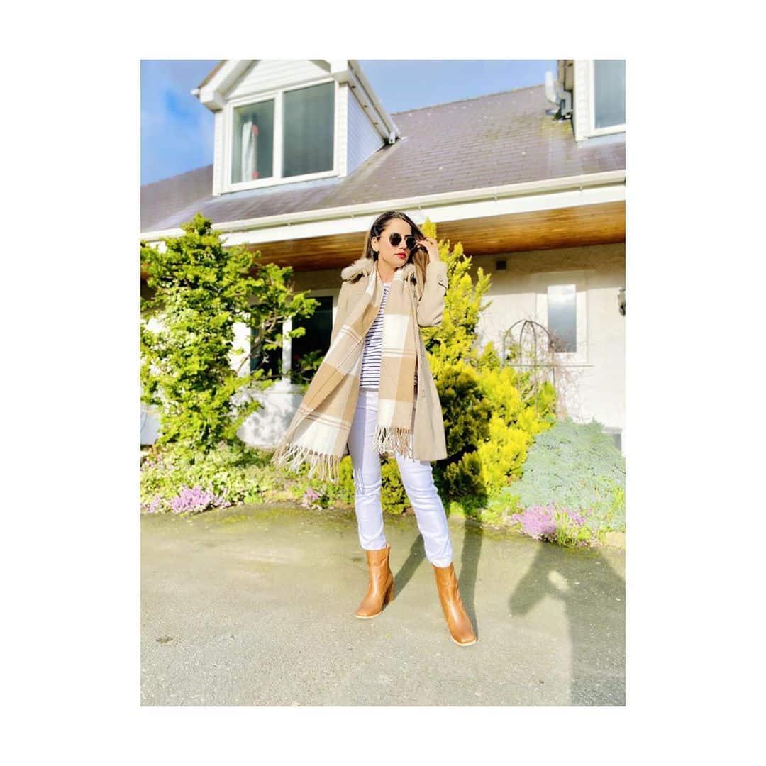 Beautiful Saniya Shamshad Latest Clicks with Her Husband