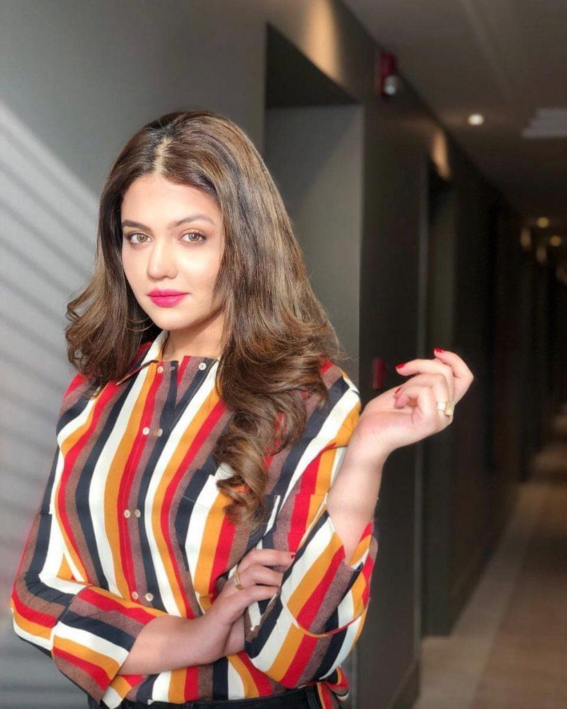 Zara Noor Abbas Talks About Aurat March