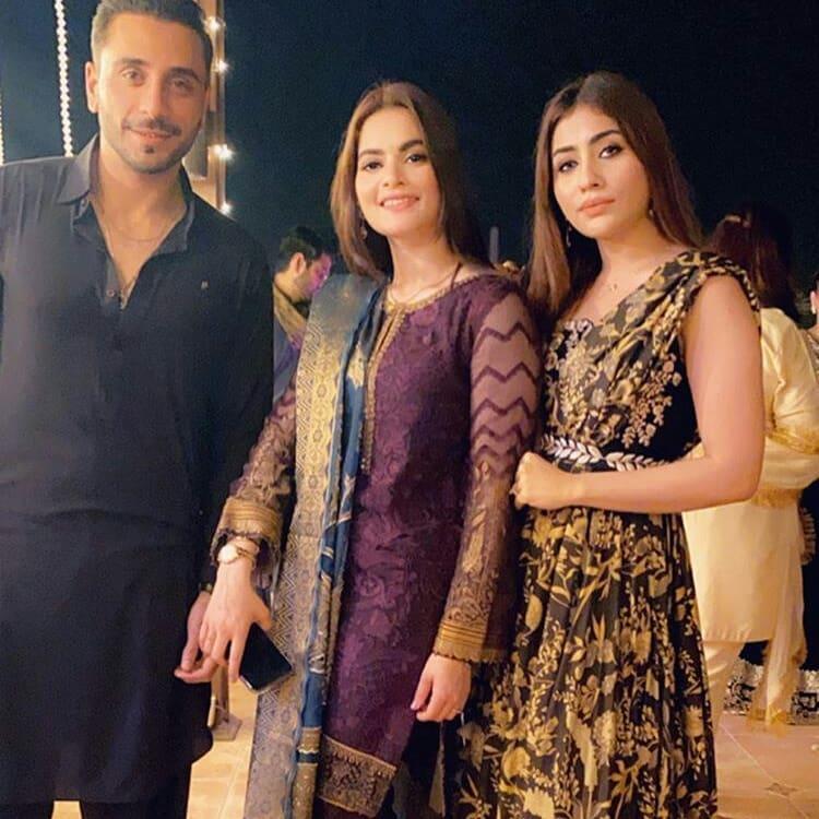 Aiman Khan, Minal Khan and Muneeb Butt Beautiful Pictures from Dholki of Sadia Ghaffar