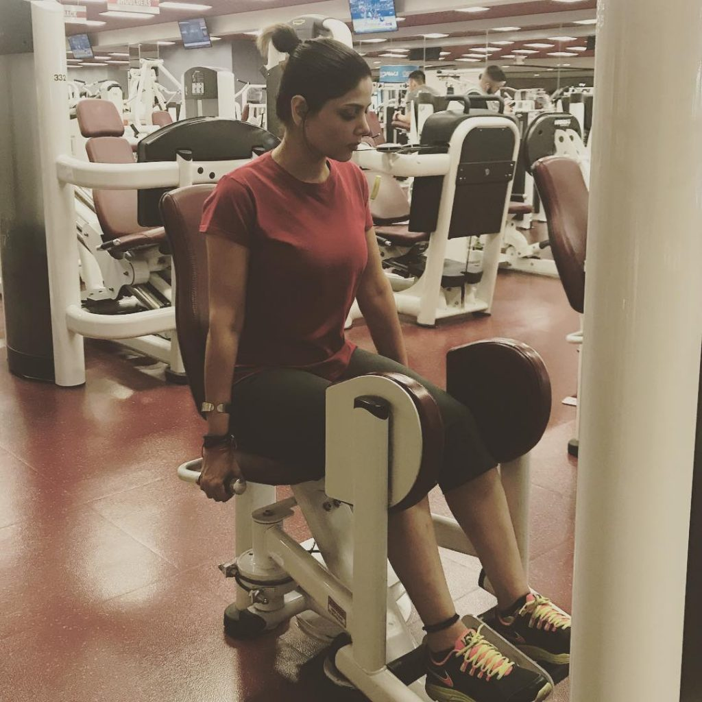 Female Celebrities Who are Regular at Gym!