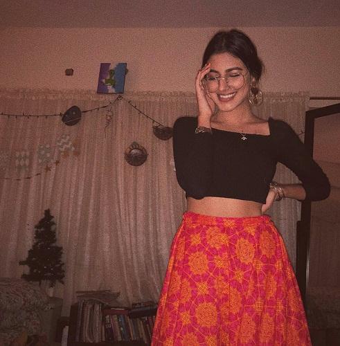 Javeria Abbasi Daughter Anzeela - 30 Beautiful Clicks