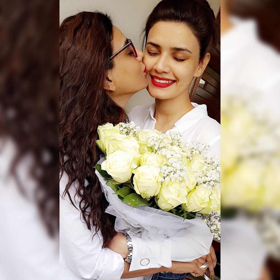 Latest Clicks of Actress Kiran Haq with her Sister Yasmin Haq
