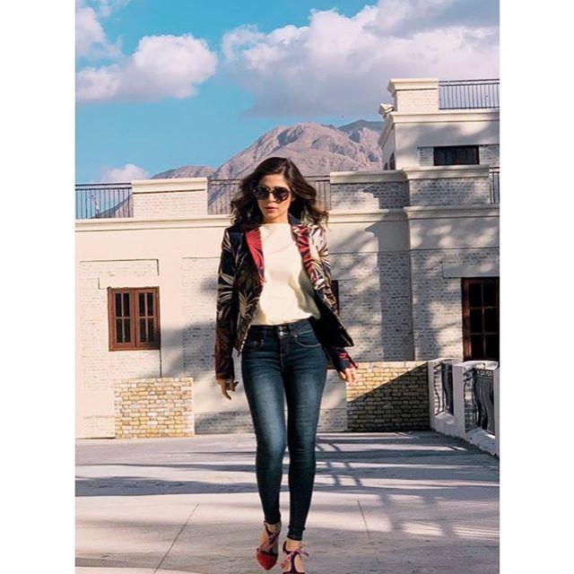 Ayesha Omar's Most Amazing Western Casual Dresses