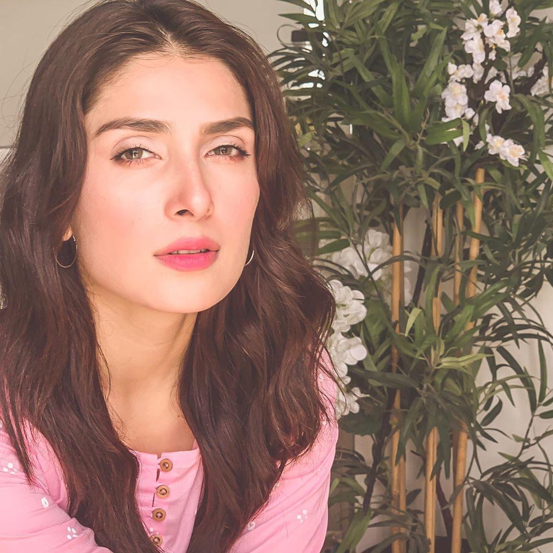 Ayeza Khan Mehr posh 11
