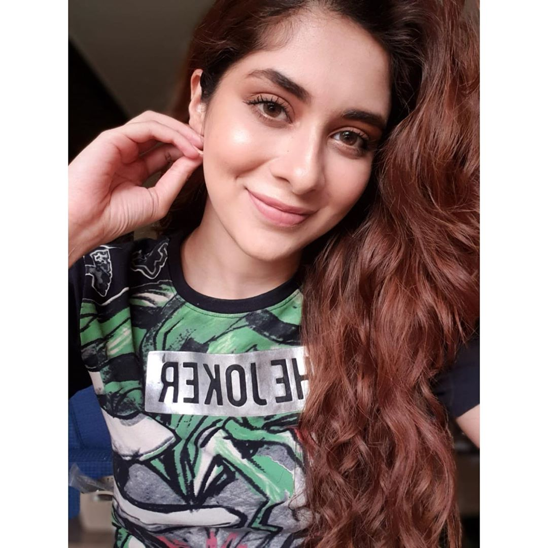 Pakistani Celebrities Pictures from Lock Down Day 15 9