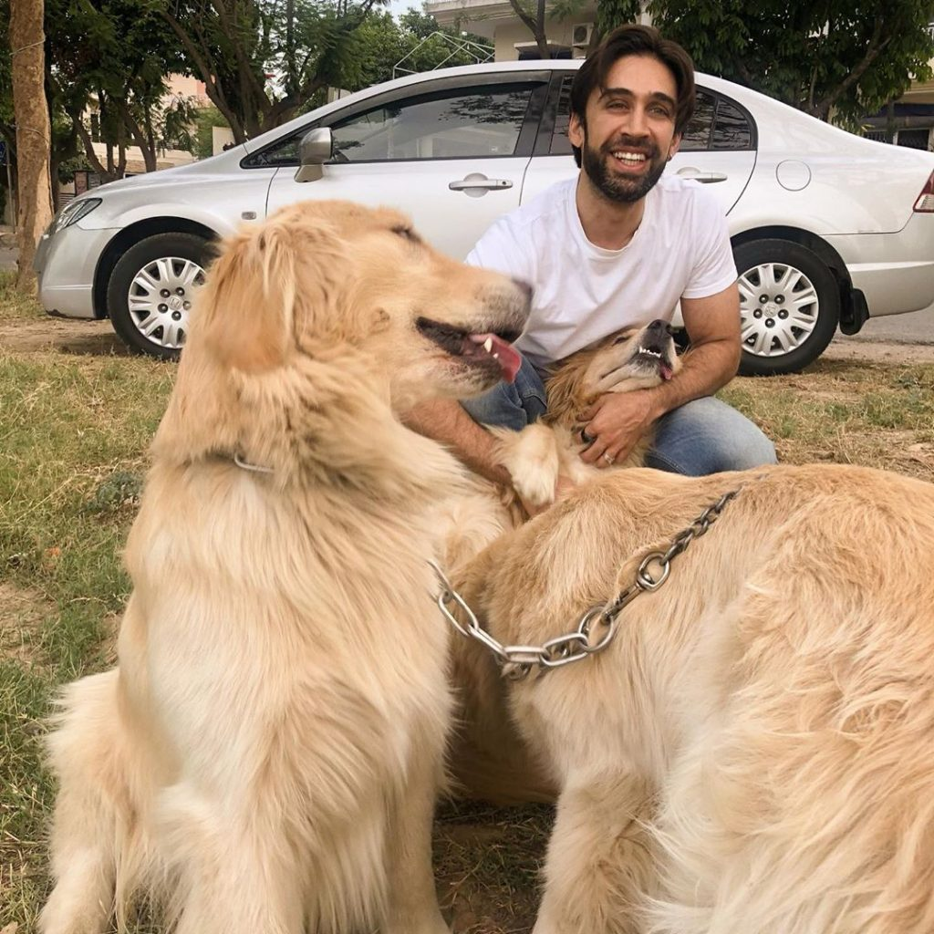 The Other Side of Ali Rehman – Pictures with Family