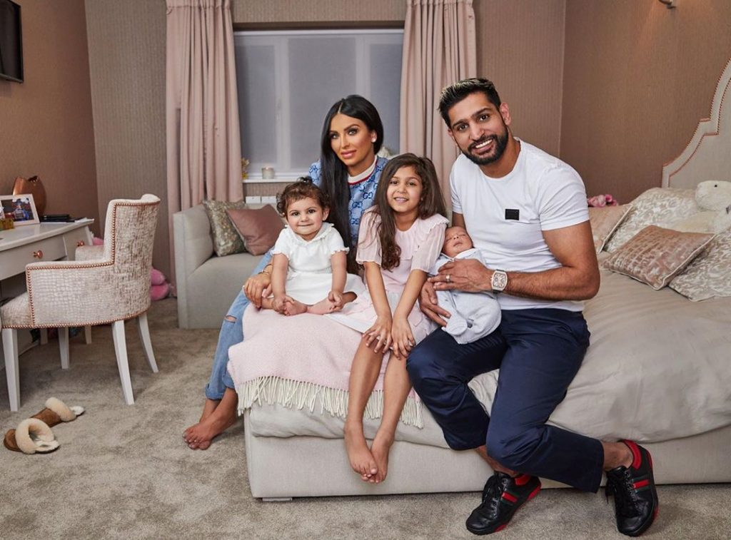 Boxer Amir Khan Introduces Son Zaviyar To The World
