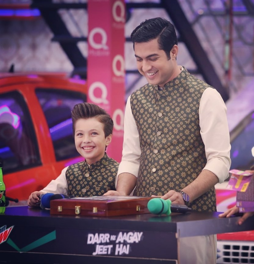 Heart-Warming Pictures of Pehlaaj Hassan with Father