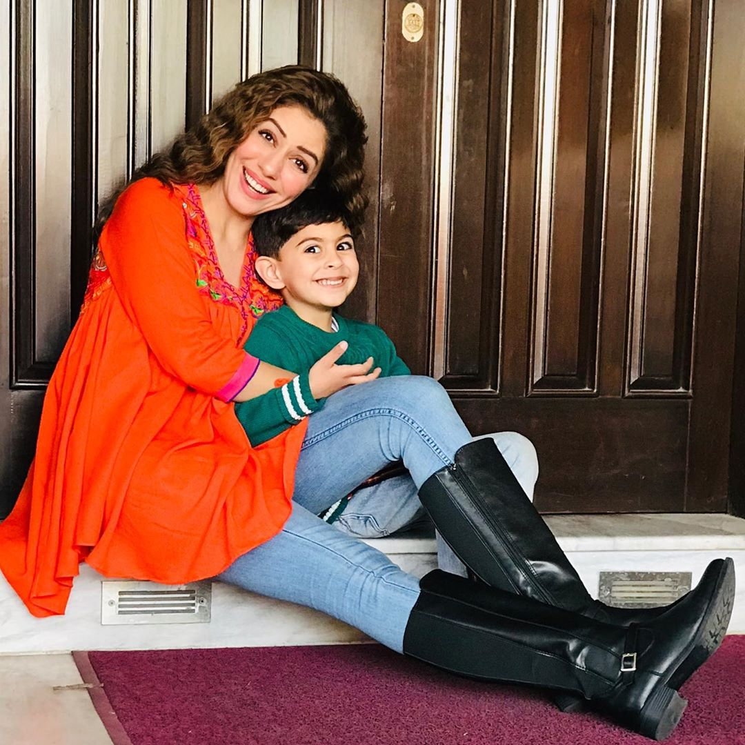 Actress Sadia Faisal Pictures with her Cute Son