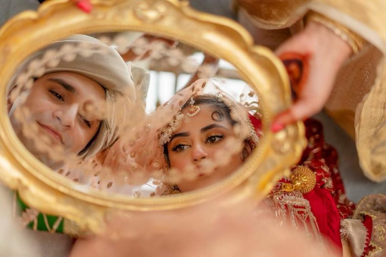 Sajal Aly's Brother Shares An Adorable Picture From Her Wedding