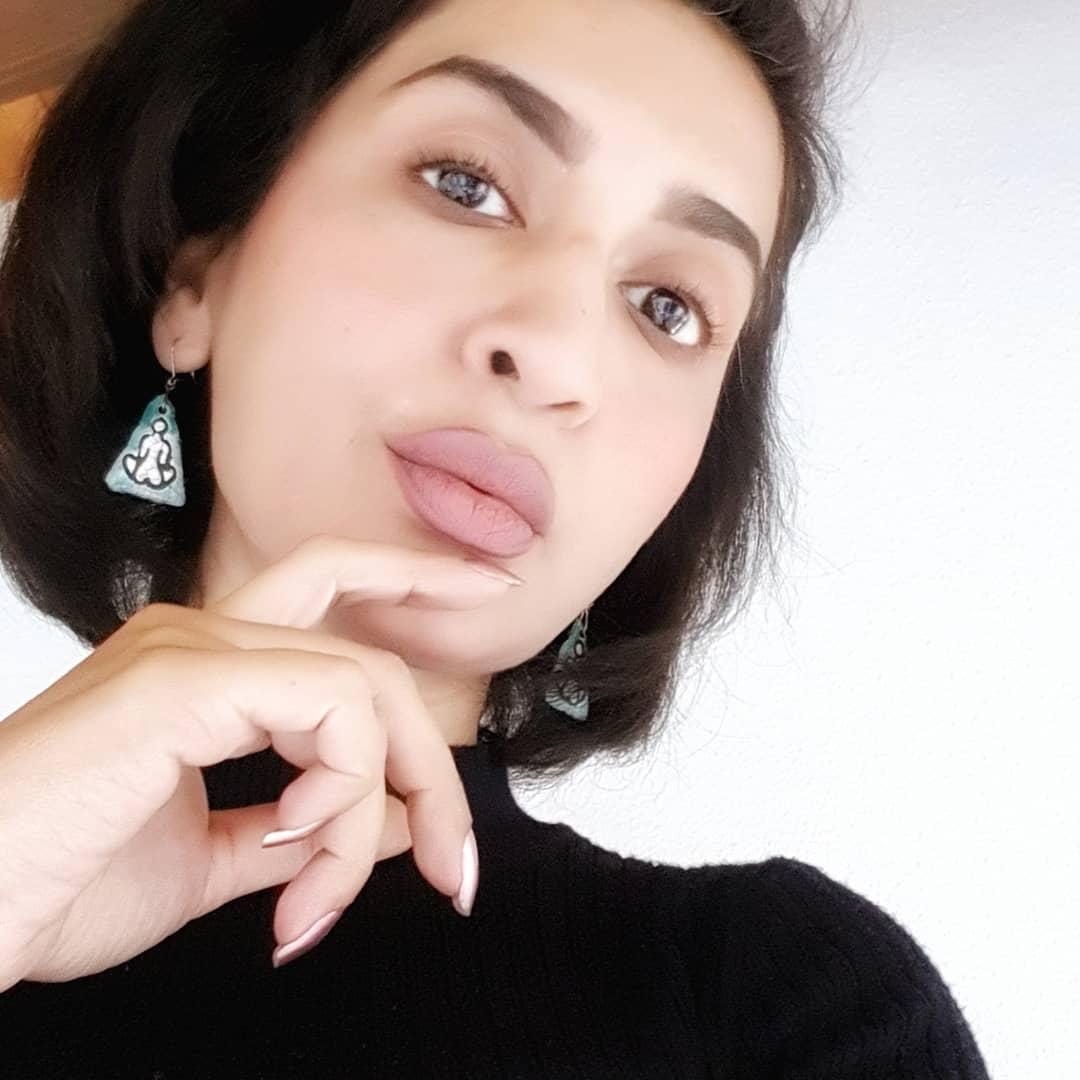 Actress Saman Ansari 20 Latest Beautiful Pictures
