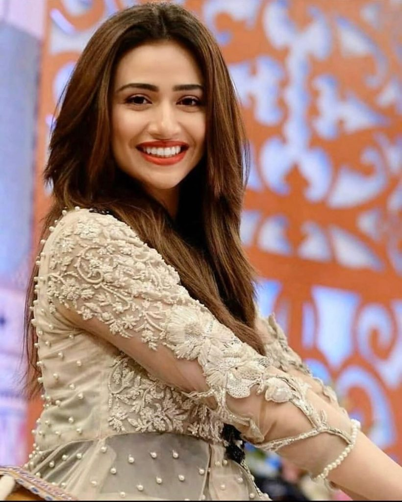 Elegant Dresses of Sana Javed that You Might Choose as Your Eid Dress