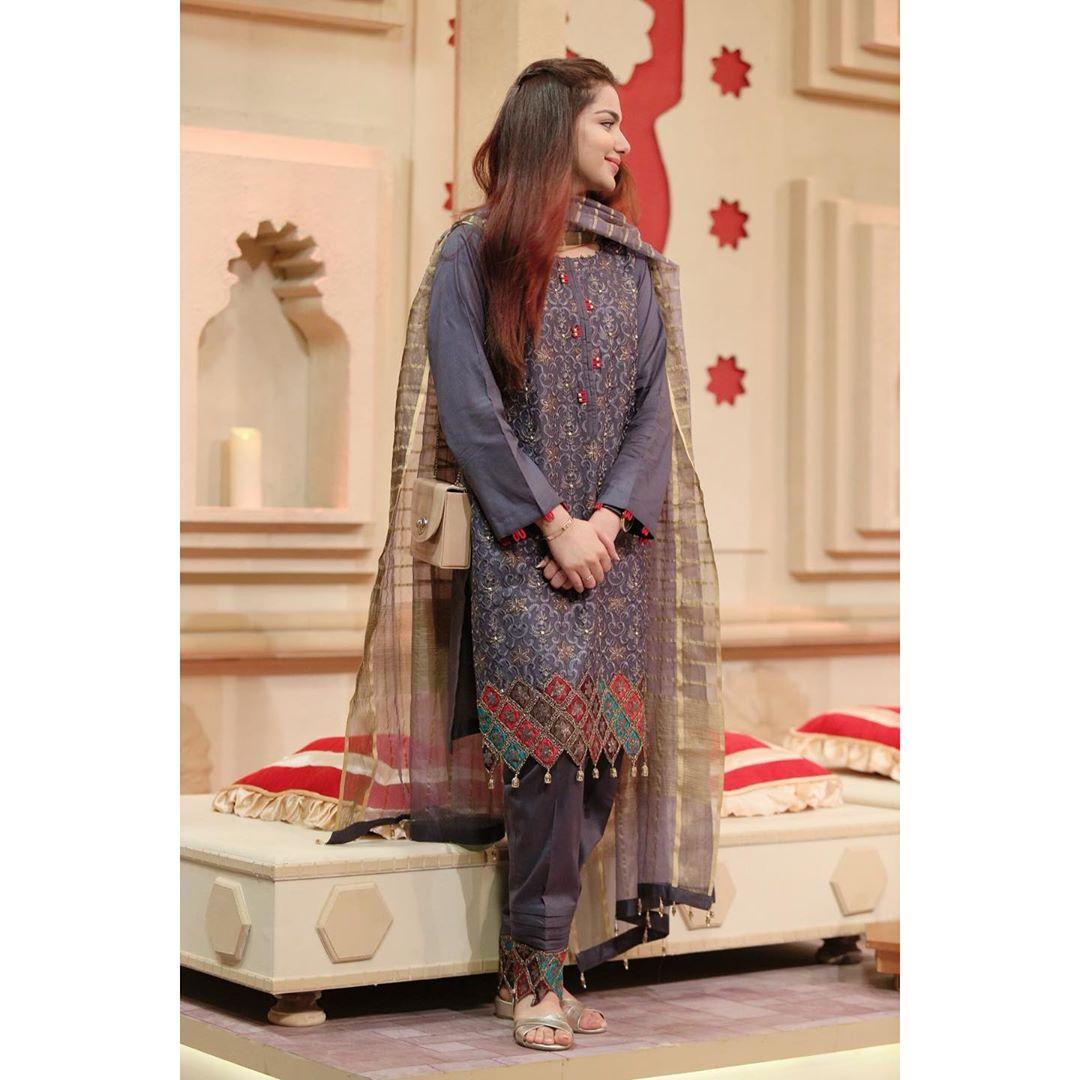 Syeda Tuba Amir Beautiful Pictures in Amir Liaquat Ramazan Transmission