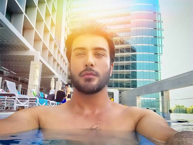 Imran Abbas Never Hesitates to Go Shirtless - Here is WHY
