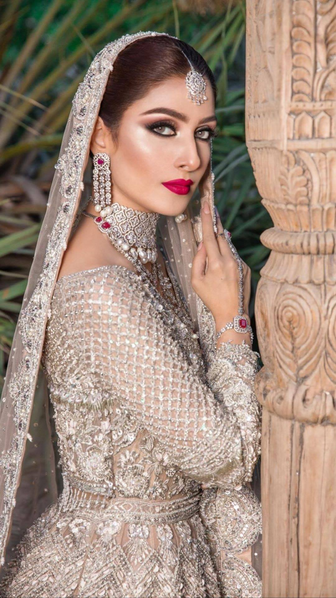 Ayeza Khan looks stunning in Latest Bridal Shoot