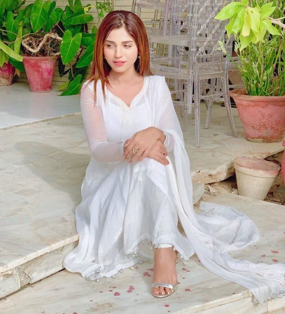 Actress Aamna Malick Loses Family Member Due To Coronavirus